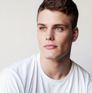 how to achieve chiseled jawline men